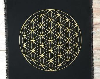 "Black linen Sacred Geometry Flower of life Crystal Grid Altar Cloth 15"" hand printed linen grid"