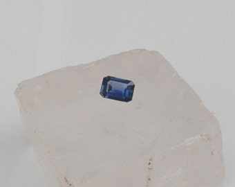 Natural Blue Sapphire Emerald Cut Shape 7.4 x 5.1 MM for Jewelry