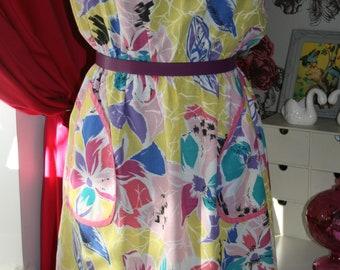 Ladies true vintage pastel floral summer dress pocket detail size 12 1980s
