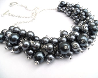 Slate Gray Beaded Necklace, Gray Bridesmaids Jewelry, Gray Pearl Cluster Necklace, Gray Chunky Necklace, Bridesmaid Gift, Dark Gray Jewelry