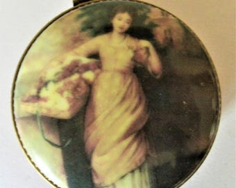 Painted china box with pills ,Vintage Box,Mother's day,Round box Collection,Présents for Him,Art and Collections, Hand painted China