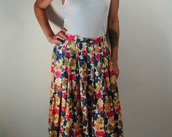 80s Flower Skirt// Dockers Skirt// Pleated Skirt// Cotton Skirt// Knee Length Vintage Skirt (F1)