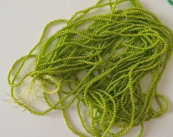 Bead 3 mm acrylic Green Apple on wire 80 cm long