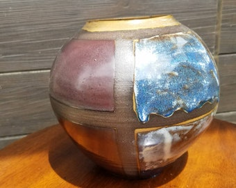 Large Windowpane Spherical Vase