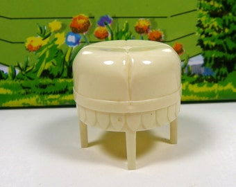 "MARX BATHROOM STOOL, 1950's, Hard Plastic, 3/4"" Traditional Style, Vintage Dollhouse Furniture"