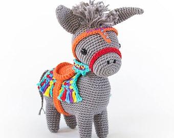Pedro the Amigurumi Donkey | amigurumi crochet pattern, written instructions and step by step photos  | seaside or piñata donkey