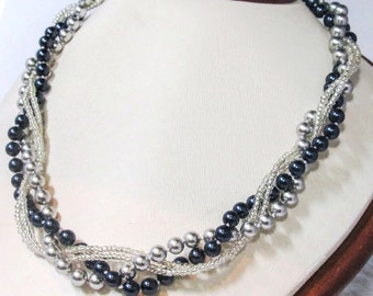 Navy bridesmaid jewelry Chunky bridesmaid necklace Chunky pearl necklace Navy wedding jewelry Bridal party gifts Navy and Grey pearl jewelry