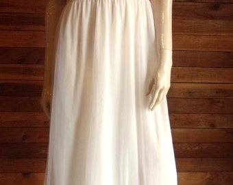 Vintage Lingerie 1960s ST. MICHAEL White Size 36 Chiffon Nightgown with Orange Trim
