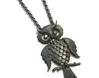 Vintage Owl Pendant Necklace, 1970s Silver Tone or Purple Enamel Pendant, Boho Necklace, Costume Jewelry