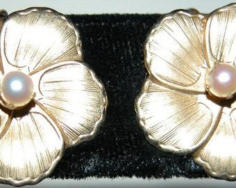 SALE Pearl Flower Gold Earrings Fun Whimsical Flower Power 1960s Figural Earrings Gold Filled Screw Backs Hippie Era