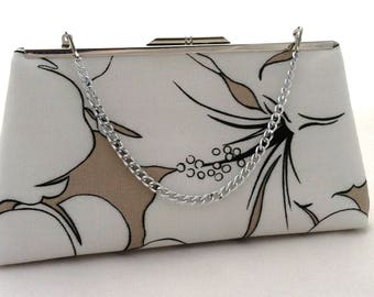 Black and White and Tan Clutch ~ White Wedding Purse ~ White Handbag ~ White Brides Maid Purse ~ White Clutch Purse