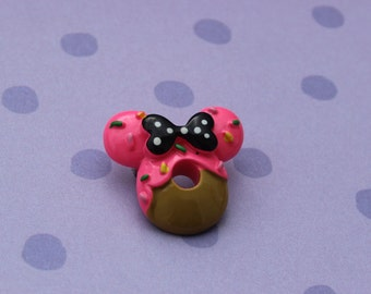 minnie mouse donut / brooch / disney / kawaii / bow / sprinkles