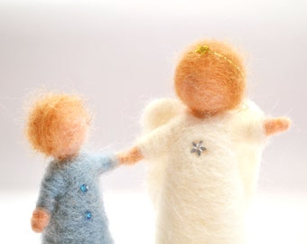 A waldorf Angel and child, wool felted angel ,gift, waldorf Art, nature table decoration