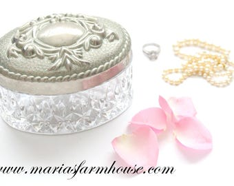 "Vintage ""Mi Mi"" Trinket Box, Vanity Decor, Gifts for Her, Grandmother Gift Inspiration, Art Nouveau Inspired"