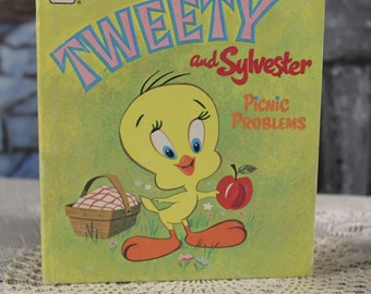 Tweety and Sylvester by Betty Biesterveld Illustrated Leon Jason Studio 1970 Goldentell a Tale children's book Vintage Retro collectible