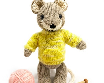 Mouse with Pullover Knitting Pattern