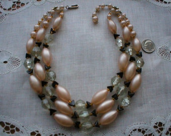 Attractive Art Deco Beaded Necklace ~ Pearlized Oval Beads ~ Approximately 15 Inches Including Clasp