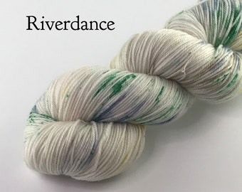 Sock Yarn / Hand dyed sock yarn / 4 ply sock / sock knitting / speckled yarn / speckled sock / superwash yarn