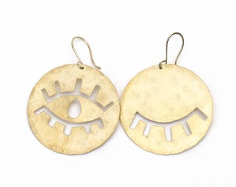 Open Close Eye Eyelashes Earrings