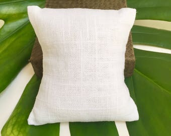 Add-On White Linen Pillow (with purchase of stack bracelet set)
