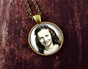 Personalized Picture Necklace: Personalized Photo Jewelry. Personalized Photo Pendant. Handmade Jewelry