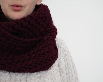 100% Wool Super Chunky Crochet Cowl - Burgundy Red