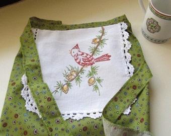 Young girls apron, little girl apron, vintage fabric apron, vintage linen, cardinal, emerald green girls apron, cooking apron, AprC9