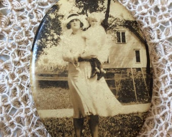 Vintage 1920s 1930s Photo Mini Mirror With A Lady And Child Tourist Souvenir Item County/State Fair Collectible