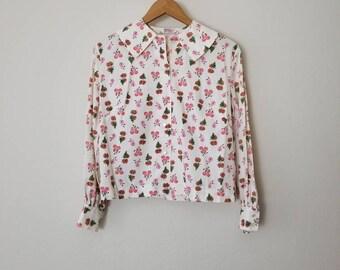 Vintage Novelty Print Collar Blouse // Vintage Top