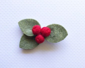 Red Berry Cluster // Headband or Clip