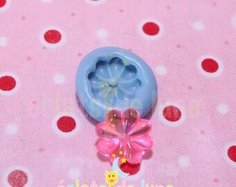 Small fleur15mm silicone mold