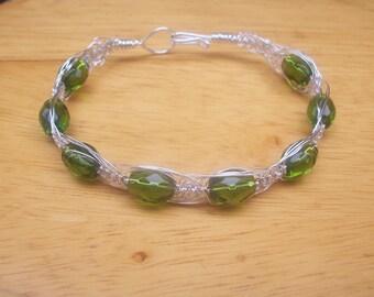 Large Green Bead Bracelet with Herringbone Technique