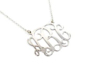 Monogram Necklace 0.8 inch. Personalized monogram necklace. Monogram initial necklace. Silver monogram necklace. Personalized jewelry. Gifts