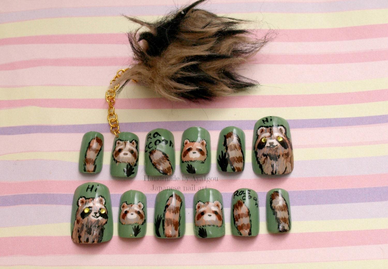 Raccoon fake nails nail dangling winter nail holiday nail