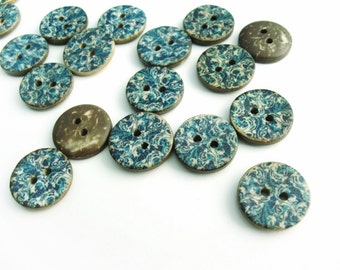 6 Coconut Shell Buttons 15mm - Blue Cottage Pattern
