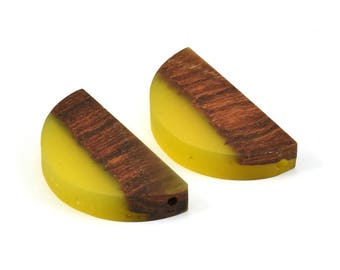 Resin&Wood Semicircle Pendant, 5 Yellow Brown Half Moon Pendant with 2 Holes (32x16mm) X003