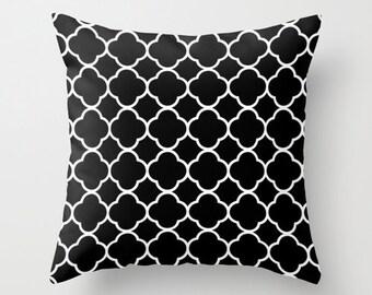 Black Quatrefoil Pillow, Velvet Pillow Cover, Black and White Cushion Cover, Girls Bedroom Decor, Dorm Pillow, Velvet Cushion, 18x18, 22x22