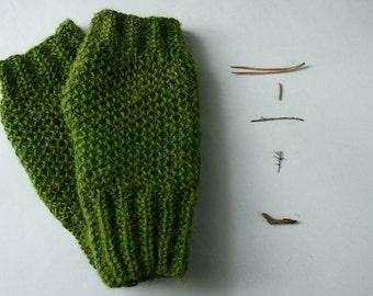 Handgestrickte Armstulpen Pulswärmer grün Alpaka
