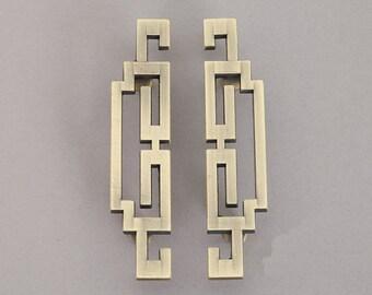 Pair antique symmetry pulls knobs /Chinese style Drawer Handles/Antique Brass Kitchen Cabinet Knob Pull Handles/dresser drawer