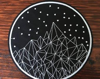14cm Geometric Mountains - Iron on Appliqué Patch
