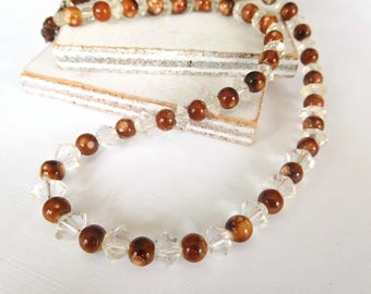 """Retro Brown White Marbleized Glass Clear Crystal Bead 17"""" Necklace Z21"""