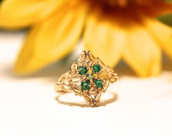 Vintage whimsical gold ring, emerald and leaves, yellow gold statement ring