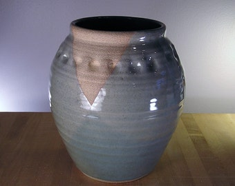 Vase - Hand thrown pottery vase