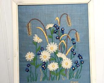 1970 Vintage Crewelwork Daisy Artwork