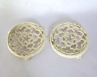 French Enamel Vintage Pot Stand,  Trivet, Farmhouse Decor, Cream Cast Iron Trivets, SET OF 2, French Nordic Decor