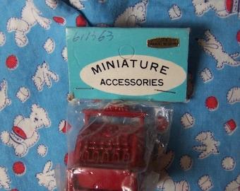 wee tiny cast iron cash register
