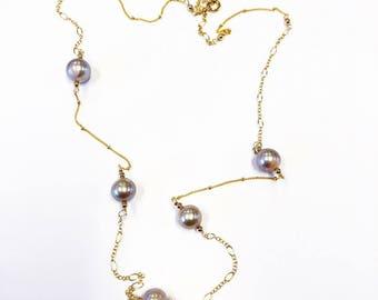 Edison pearl choker featuring 5 edison pearl