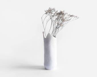 White ceramic vase/DROP