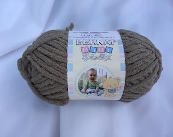 Little Teal Dove Bernat Baby Blanket Yarn 04735 10 5oz Skein