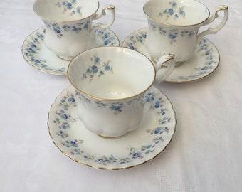 Royal Albert MEMORY LANE small size tea cup